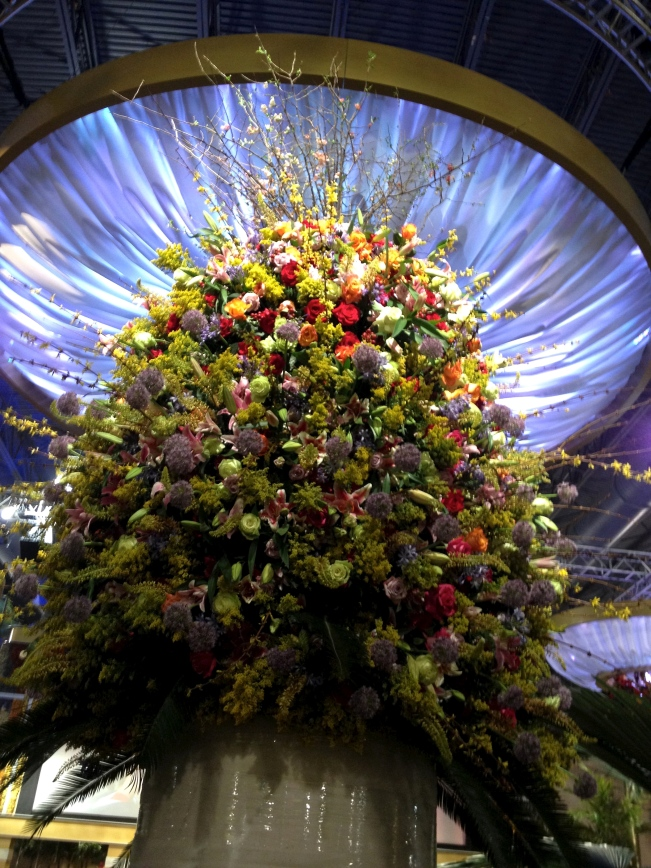 Spectacular flower arrangements